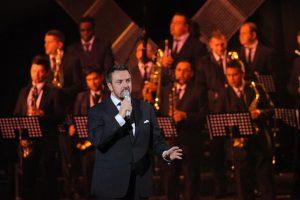 horia-brenciu-orchestra-nunta-evenimente-concert-recital-show-tarif-pret