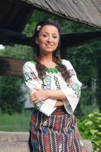 mihaela-gurau-contact-pret-tarif-nunta-botez-petrecere-evenimente-impresar-program-recital-onorariu