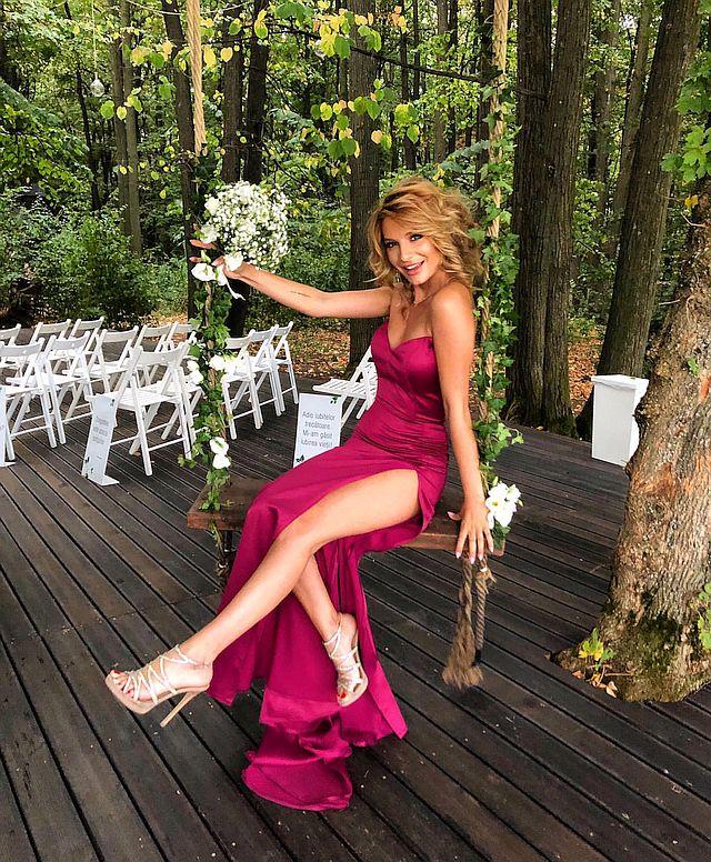 ana-baniciu-contact-nunta-preturi-concert-tarife-evenimente-impresar-booking